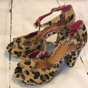 Gianni Bini Leopard Platform Heels